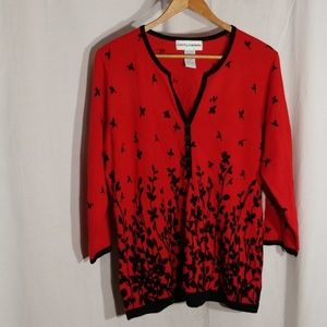 ⬇Cathy Daniels red&black floral 3/4 sleeve sweater